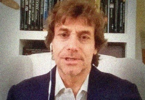 """Coronavirus – Lo stupendo discorso agli Italiani di Alberto Angela: """"I nostri valori sono il frutto della storia – La nostra generazione diventerà un esempio per le future perchè le nostre antiche radici ci rendono forti"""""""