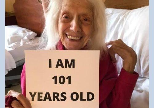 La storia di Angelina, 101 anni e un sorriso che mostra tutta la sua forza: ha sconfitto il coronavirus dopo aver sconfitto la spagnola ed il tumore…